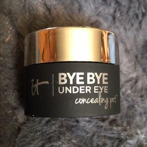 NEW IT Cosmetics ByeBye Under Eye Concealing Pot